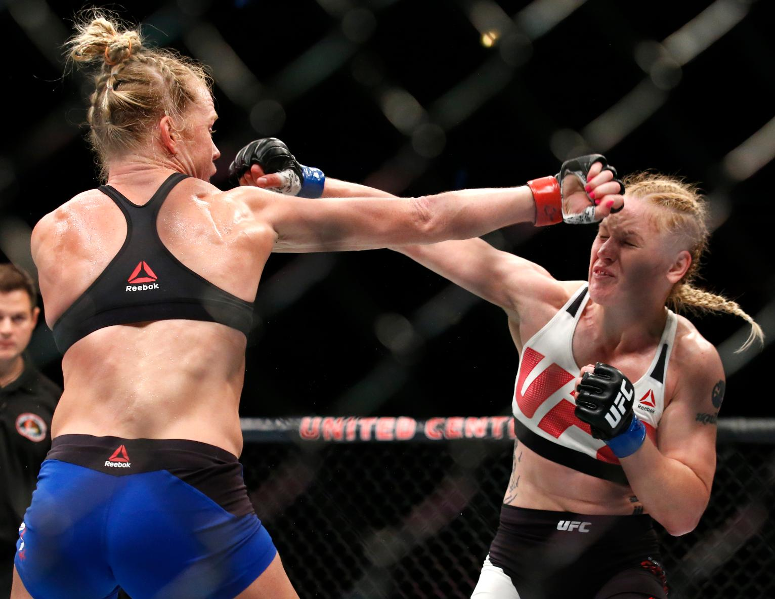 Best Colleges For Doctors >> Valentina Shevchenko stuns Holly Holm at UFC Chicago   Sports News   US News