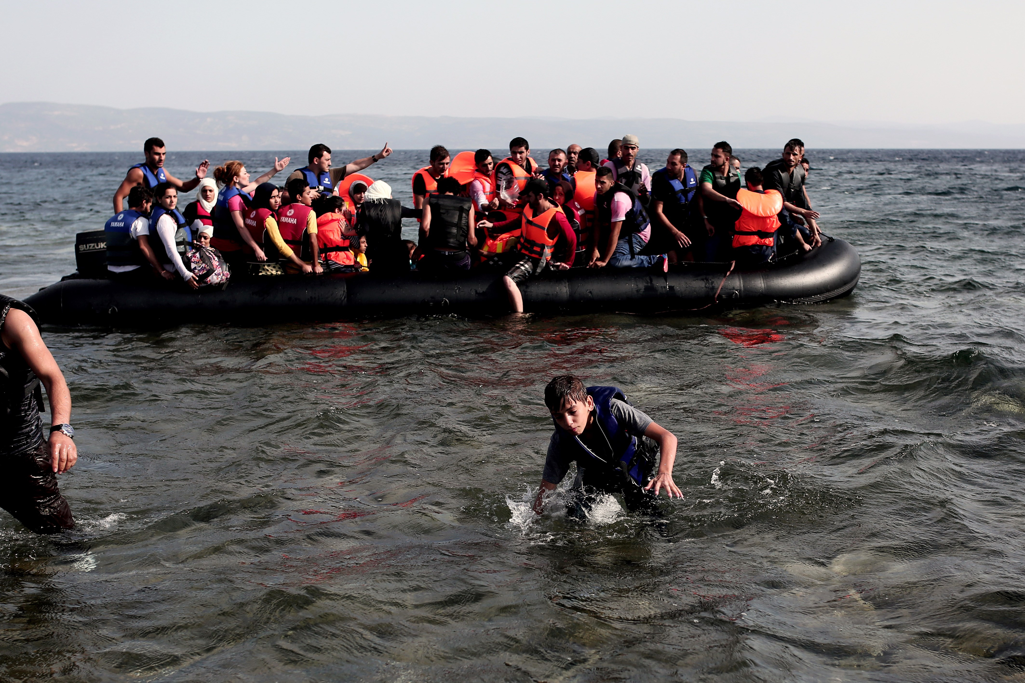Why the U.S. Can't Immediately Resettle Syrian Refugees ...