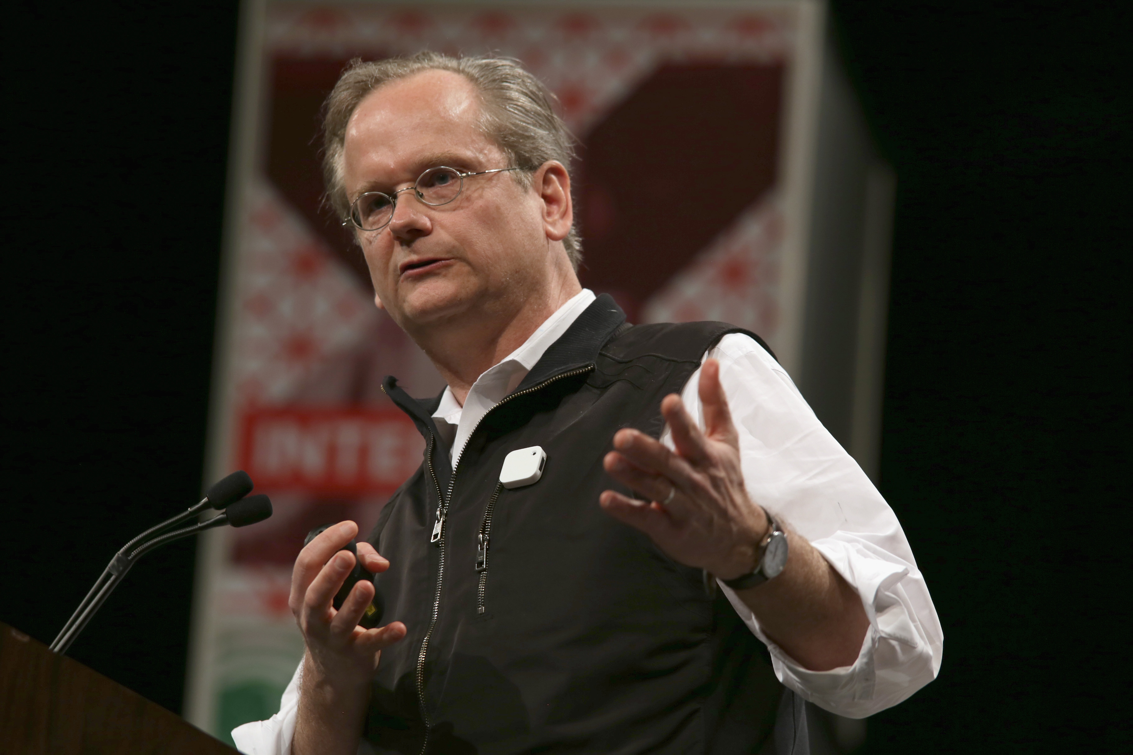 Summary of Lawrence Lessig's