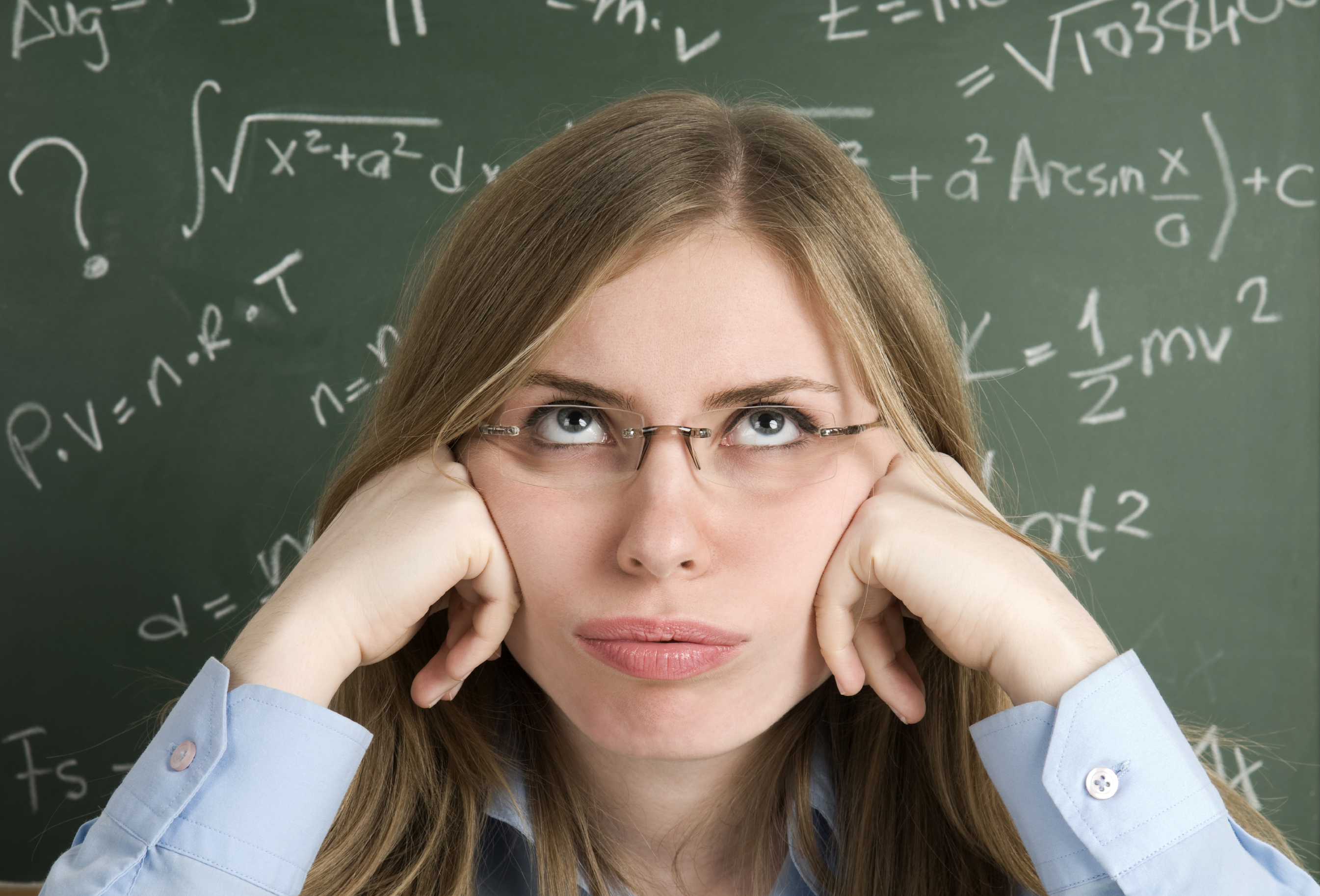 Why is math harder in the engineering program than the engineering technology program?