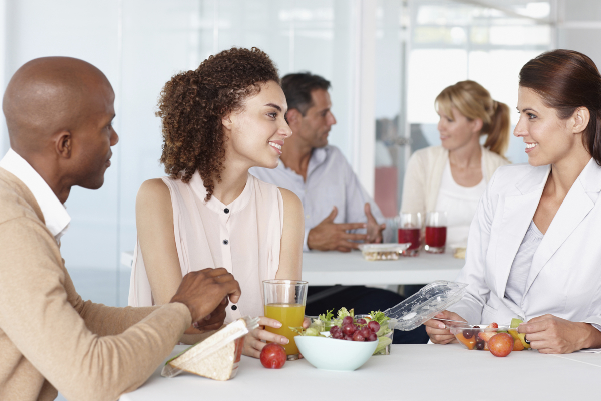 3 Reasons To Eat Lunch With Your Co Workers Careers Us