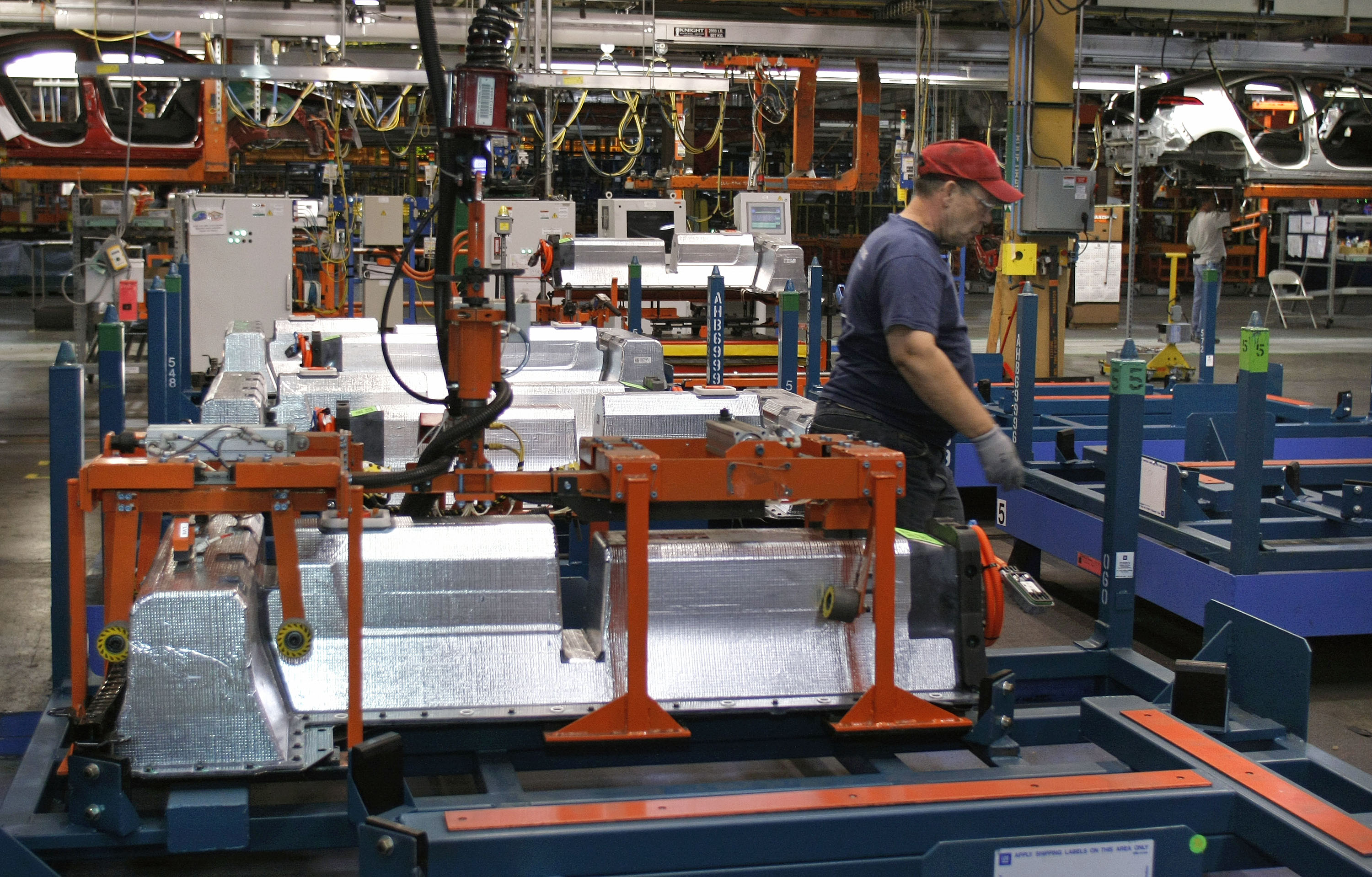 U.S. Manufacturers Say Skills Gap Could Compromise