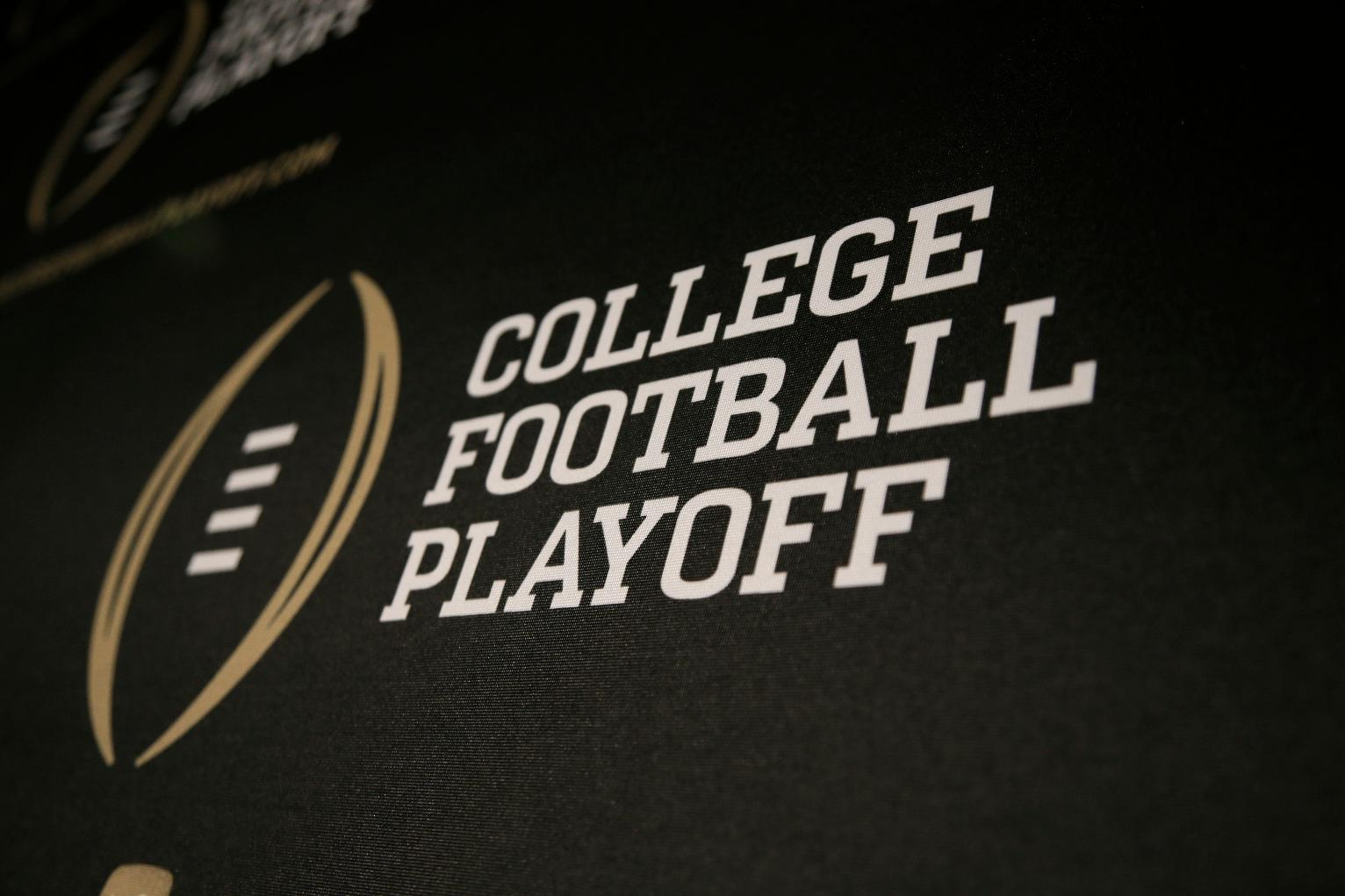 when is the college football playoff football whos playing