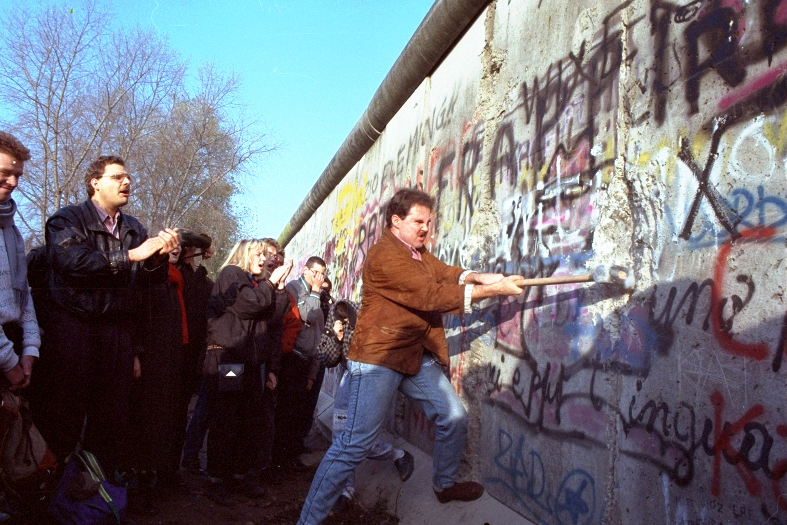 photos the berlin wall a look back us news
