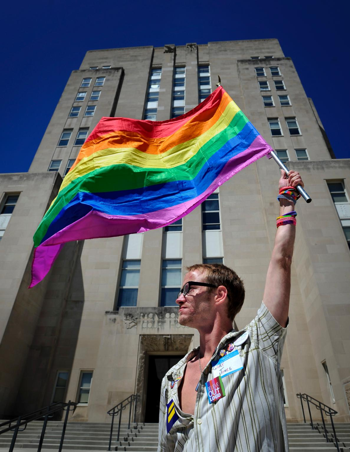 Read the opinion: Supreme Court rules states cannot ban same-sex marriage