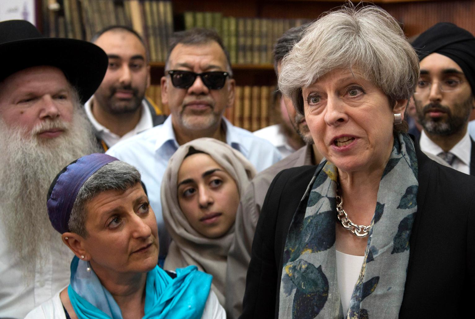 Uk muslims press for peace at 10 downing street - Van Attack On London Muslims Suggests New Polarization World News Us News
