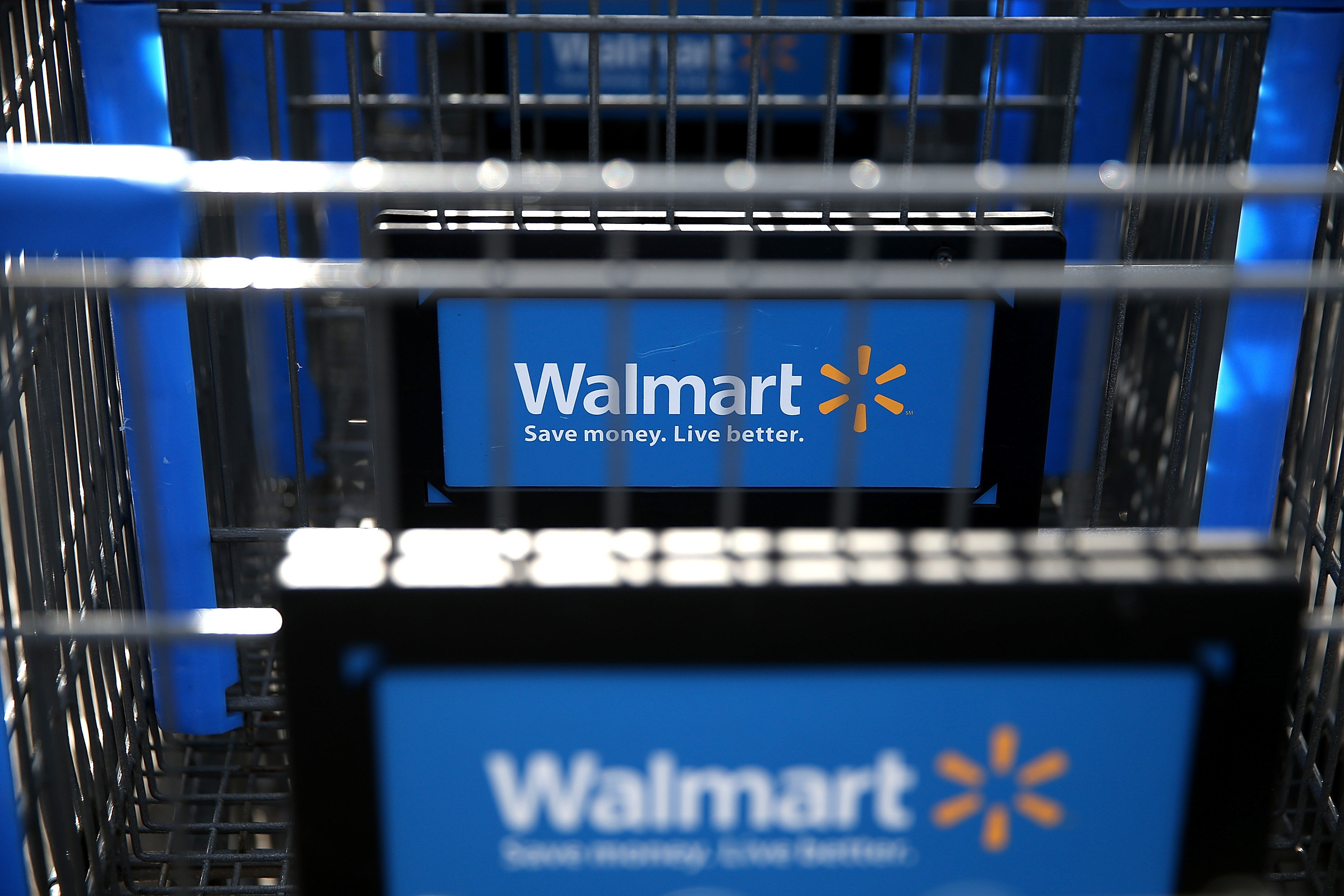 . Wal Mart E Commerce Gains on Amazon  Staples   US News