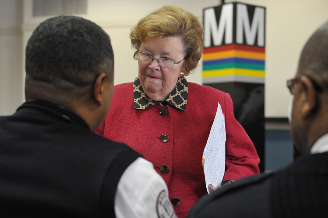 Mikulski Says Cellphone 'Kill Switch' Fears Baseless, 'Conspiratorial'