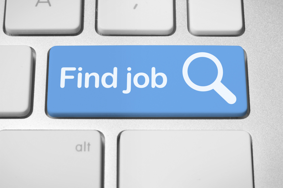 how to follow up on your job application on careers us news