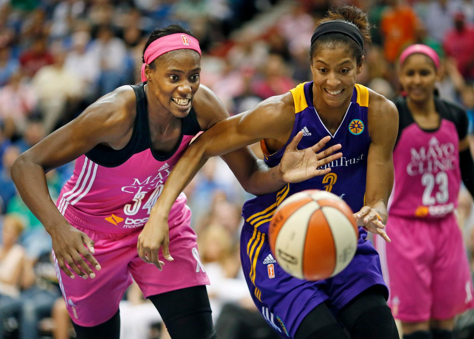 wnba vs nba The wnba is only in it's 11th season, and the nba, well, i don't know the abl failed, and so did many other women's basketball teams, but since the wnba is usually the sister team of a nba team, they lasted longer.