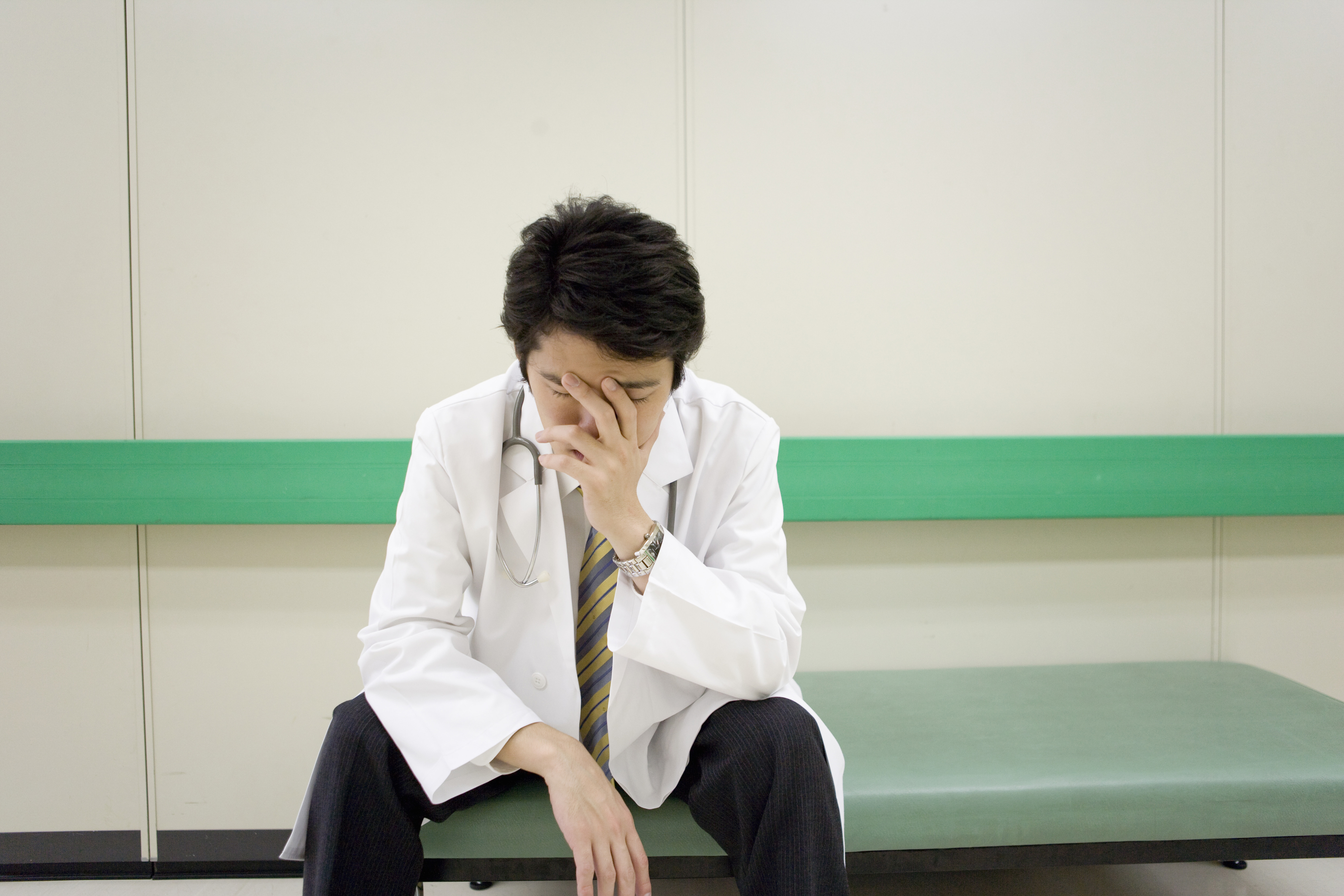 Doctor Burnout, Stress and Depression: Not an Easy Fix | For ...