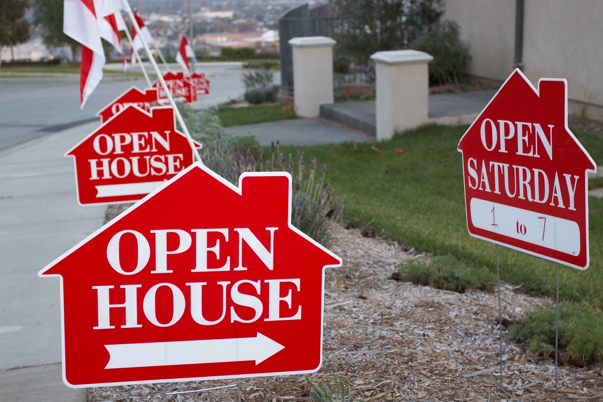 14 steps to a flawless open house personal finance us news for Open house photos