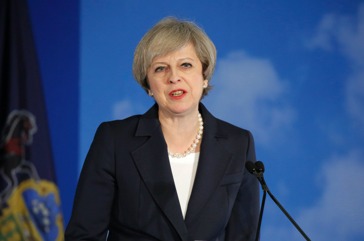 Theresa May Lauds Trump Warns Him Not To Disengage With